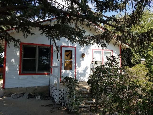 Saddlerock Guesthouse in Branson, Colorado
