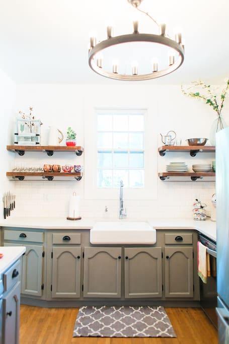 Brand new, updated kitchen