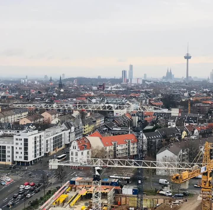 Cologne City Top View (15 Mins to City Center) <3