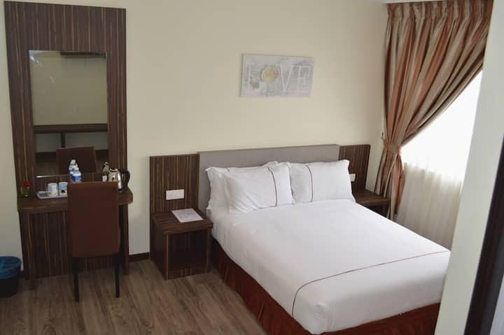 Angsoka Hotel Teluk Intan Deluxe Queen 213