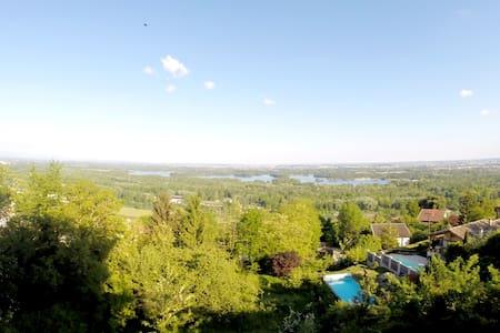 Appartement 90m2 avec Vue Panoramique - Neyron