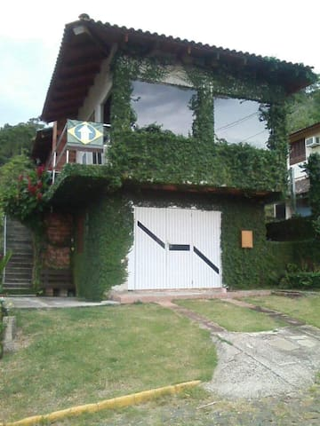 Casa no interior de Rio Grande do Sul.