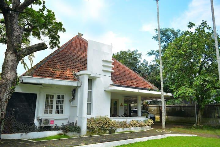The Salak Residence Inn