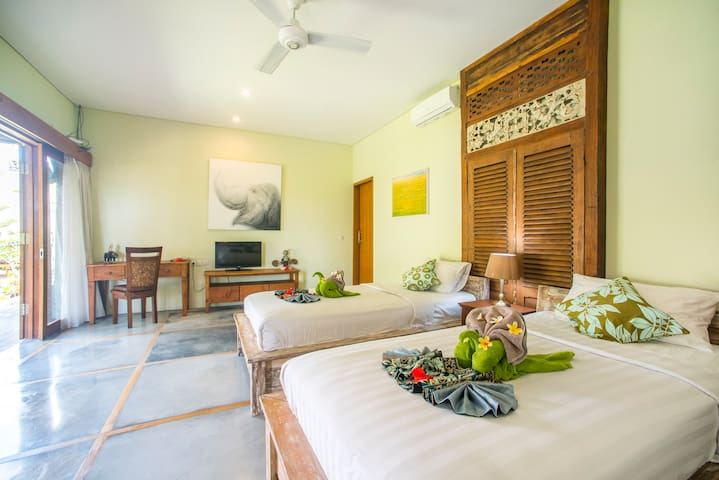 Bale Suite (2BR) second bedroom
