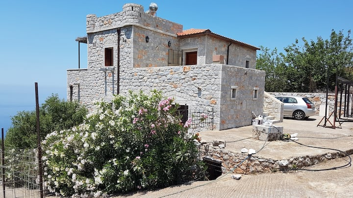 taseas stone home