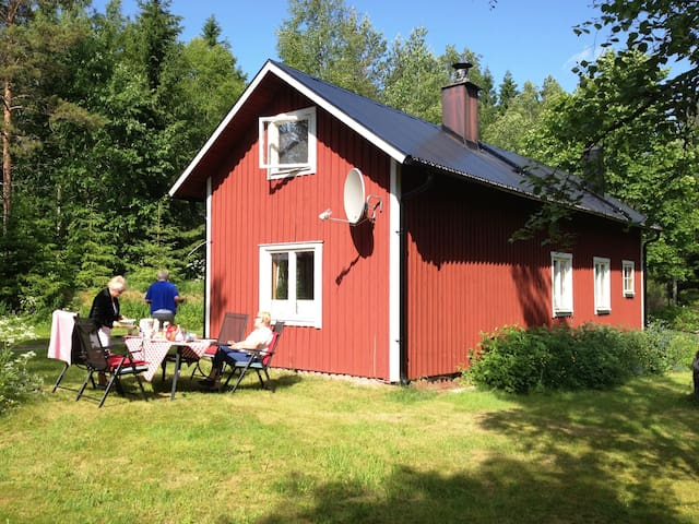 Oase van rust midden in de natuur - Finngardarna - Blockhütte