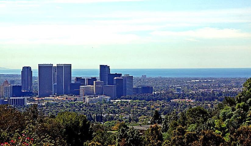 Spectacular views from the entire property! Enjoy views of Downtown Los Angeles all the way to the Pacific Ocean!