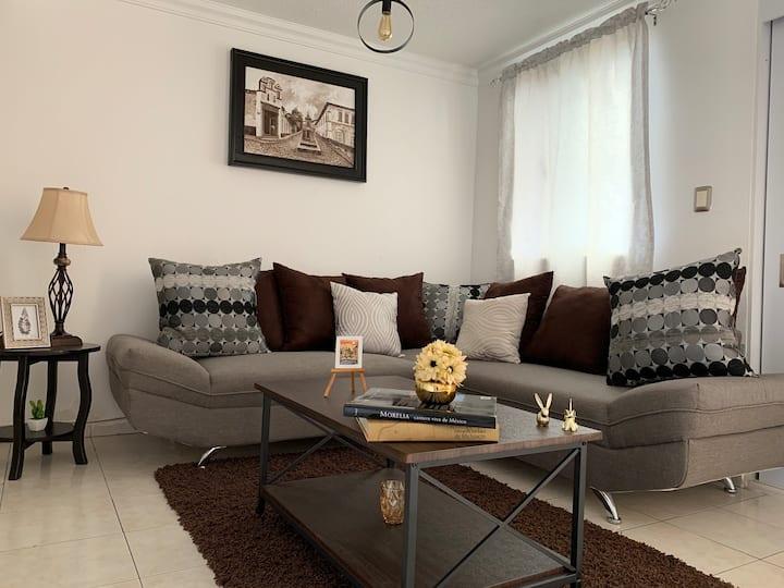 Hermosa casa en fraccionamiento privado en Morelia