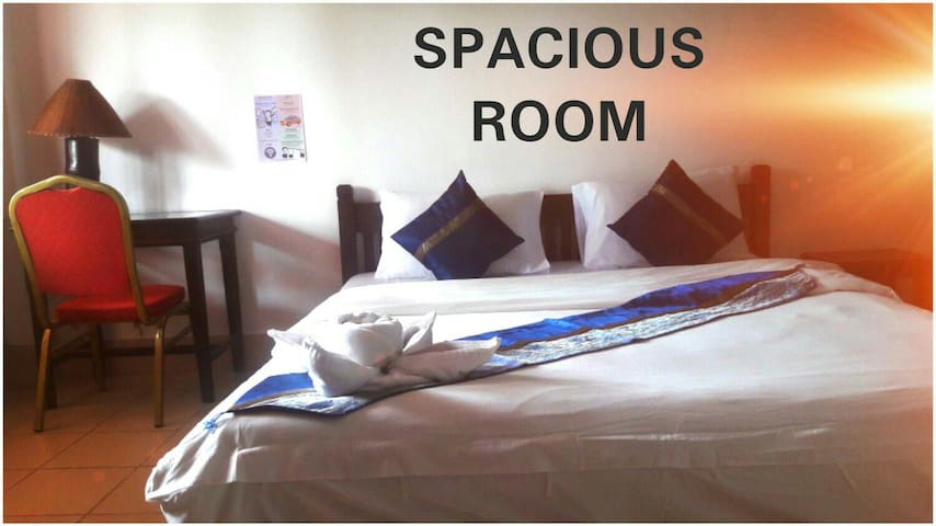 Spacious Room and Best Price for This Location ! - Vientiane - Bed & Breakfast