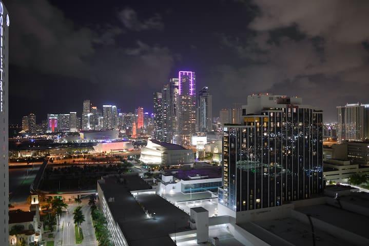 ***Classy and Elegant apartment in Miami***