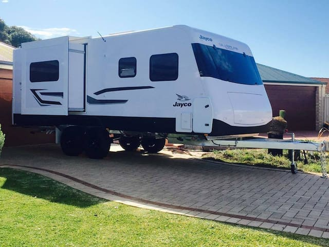 "Mobile ""Hotel on Wheels"" for family & friends."