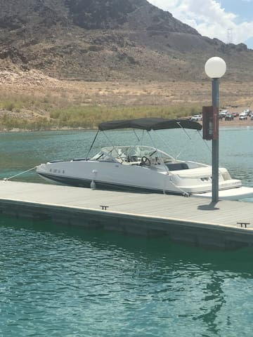 Las Vegas weekend warrior boat rentals