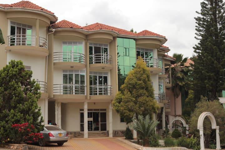 A Spectacular Royal View Hotel Kampala