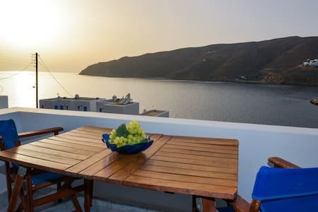 See Amorgos Sunset and sea view next to the beach - Aegiali