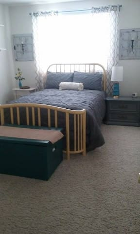 Perfect Roseville Location - Double Bed