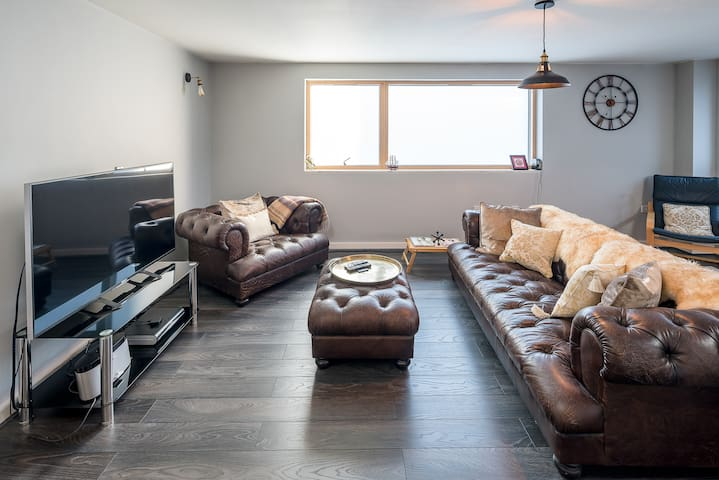 Spacious 1-bed 5 mins to Westminster Abbey