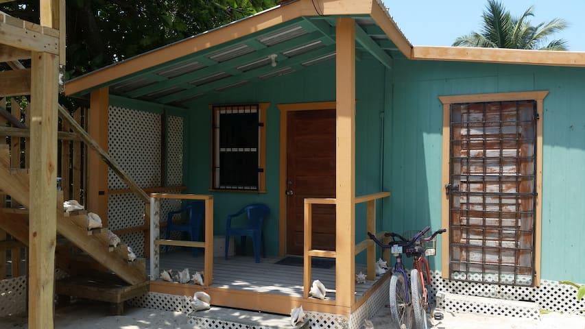 Sue-Casa Tu Beach Cottage