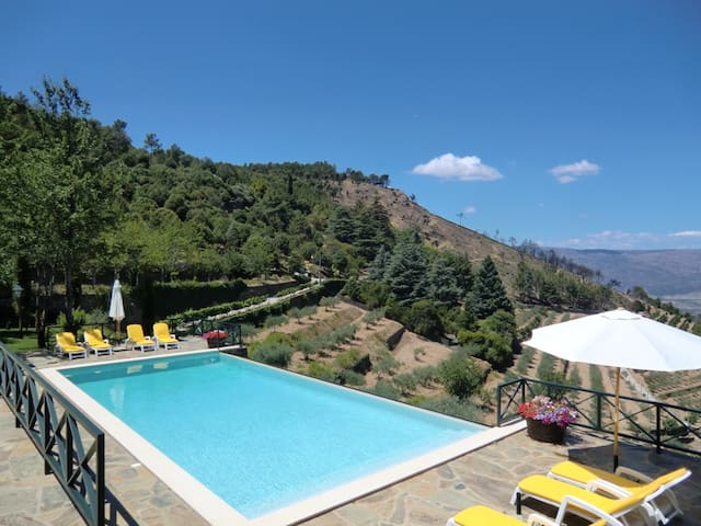 House with 2 bedrooms in Torre de Moncorvo, with wonderful mountain view, shared pool and enclosed garden