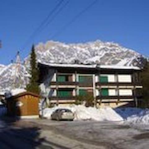 Schönes Apartment mit traumhaften Blick - Hinterthal - Daire