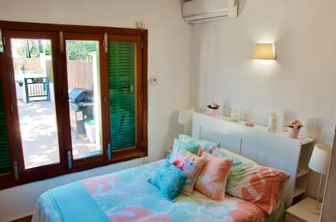 Wonderful room close to the beach in El Arenal