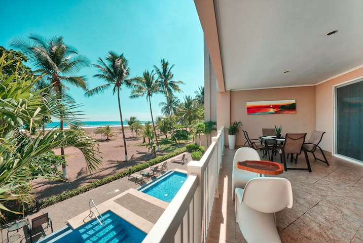 """OCEAN FRONT """"THE PALMS"""" 2 BED, 2 BATH"""