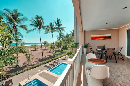 "OCEAN FRONT ""THE PALMS"" 2 BED, 2 BATH"
