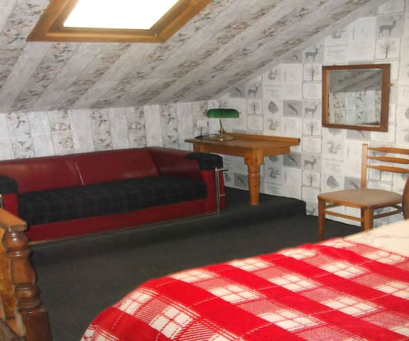 The Steading Inn Mezzanine Room - Highland - Bed & Breakfast