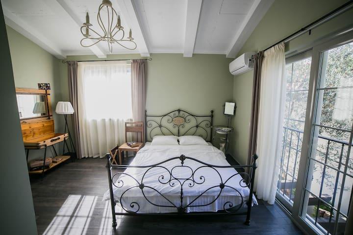 PRIVATE SANCTUARY OF COMFORT AND CHARM - Sveti Stefan - บ้าน