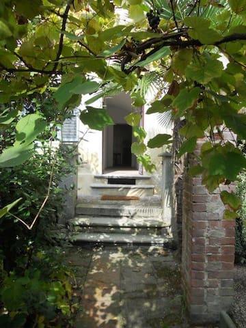 Per rilassarsi nelle colline del Monferrato - Passerano - Byt