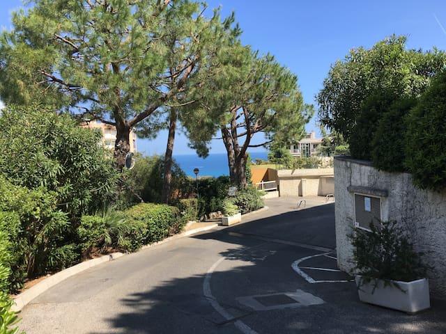 Nice, studio 900m mer, picisne, tennis, restaurant