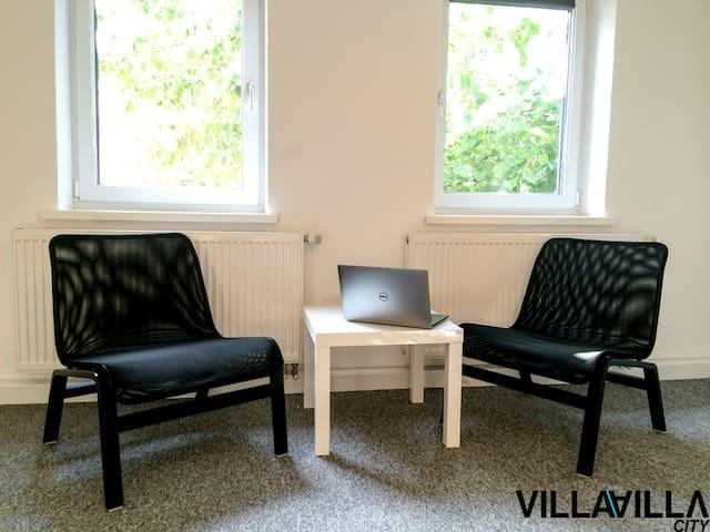 VILLAVILLA CITY AALEN! Mitten in der Stadt! CENTER - Aalen - Casa
