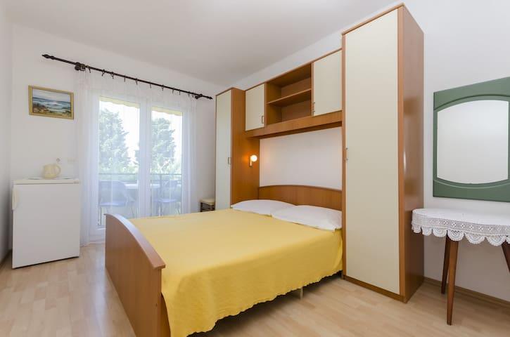Room, in Vodice, Balcony