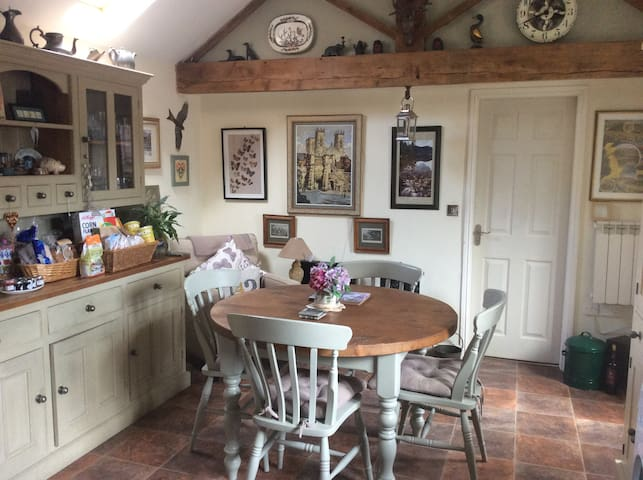 Hideaway Cottage - spacious, calm & characterful - North Yorkshire - Hus