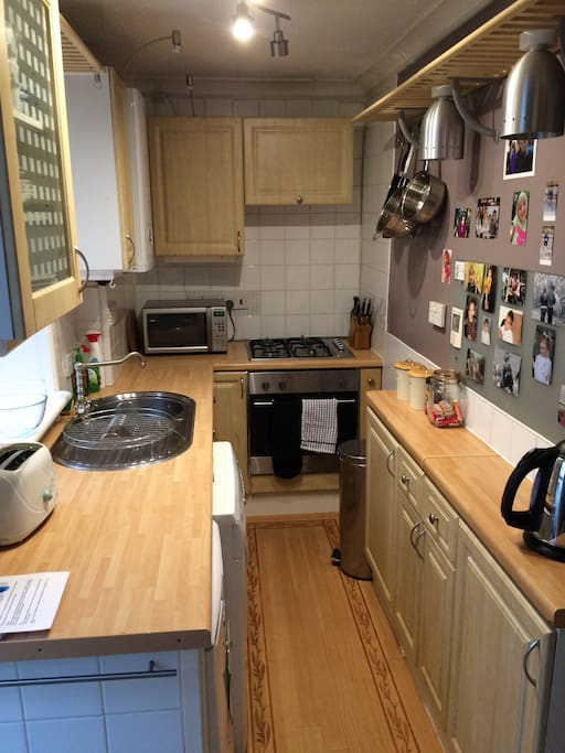 Small but fully functioning kitchen with all necessary equipment