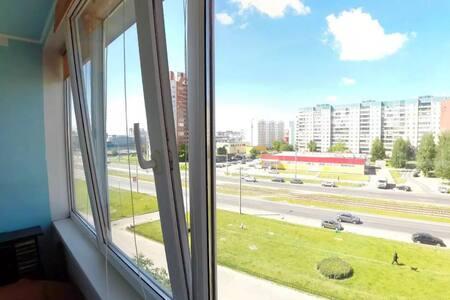 staroderevenskaya - Sankt-Peterburg - Lejlighed