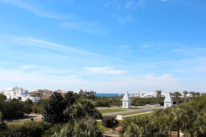 Spacious 2 BR/2BA Condo w/Expansive Gulf View! - Panama City Beach