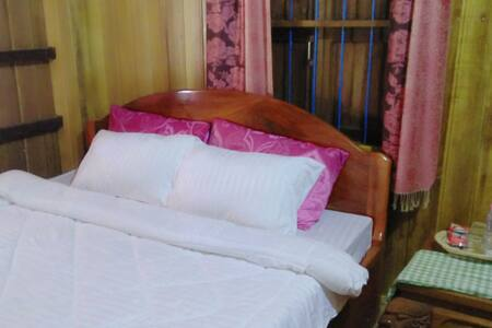 Private Rooms,From Airport 3km ( Free pick up )