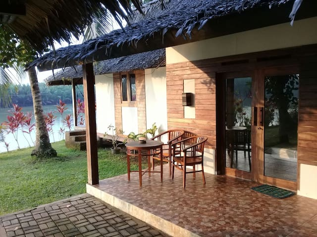 Family bungalow at Villa Dahon in Batu Karas