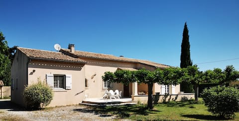 Pretty spacious house in Provence.