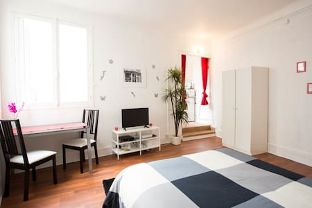 WONDERFUL STUDIO IN HEART OF ODEON - Париж - Квартира