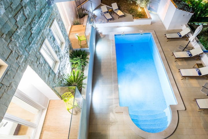 Bol Brac villa for 12 on Split-villas.com SAVE-20%