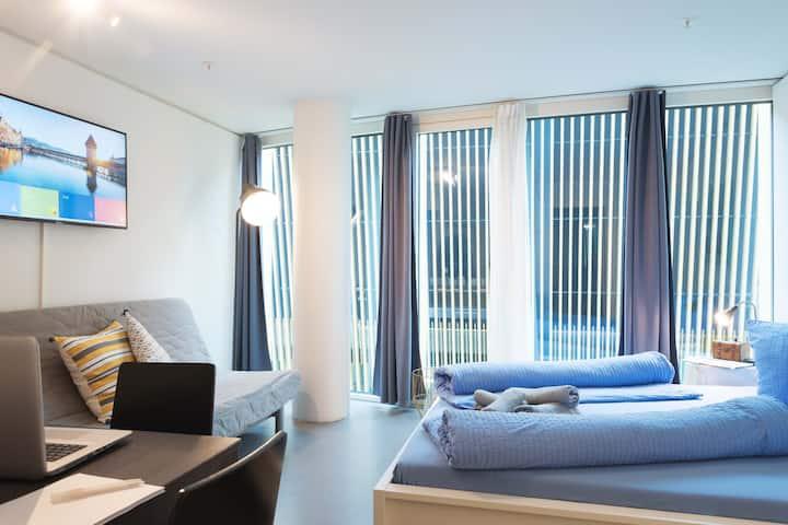 Modern KKL I Apartment