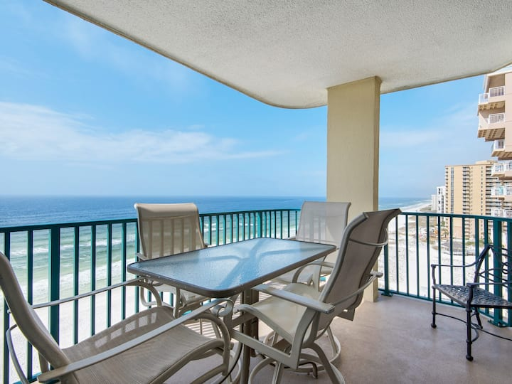 Designer Delights, Updated in Beautiful Blue, Beach Front Condo