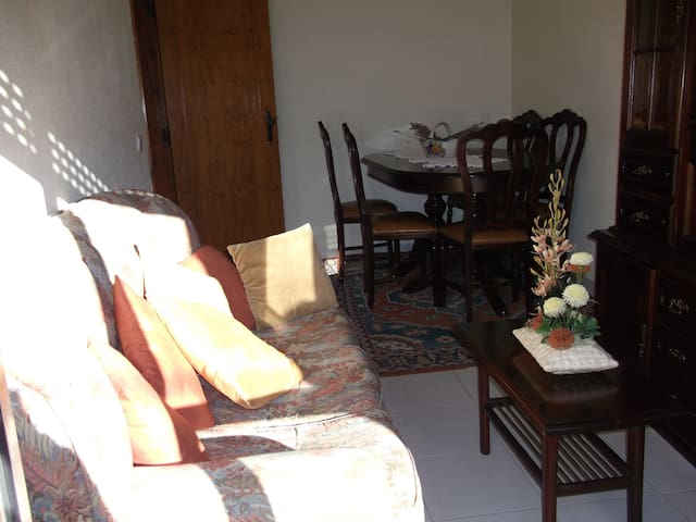 Single room in flat on contryside - Tomar - Apartment