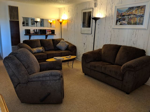 Ample seating for six. That's a rocking recliner in the foreground!