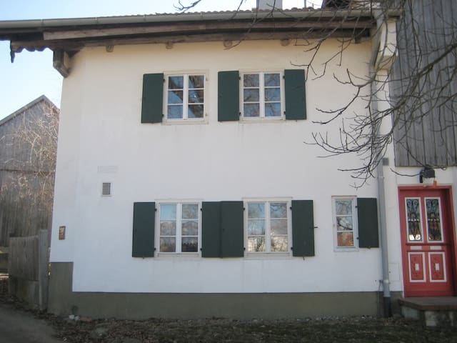 Schönes Studio in altem Allgäuer Bauernhof - Mauerstetten - Appartement