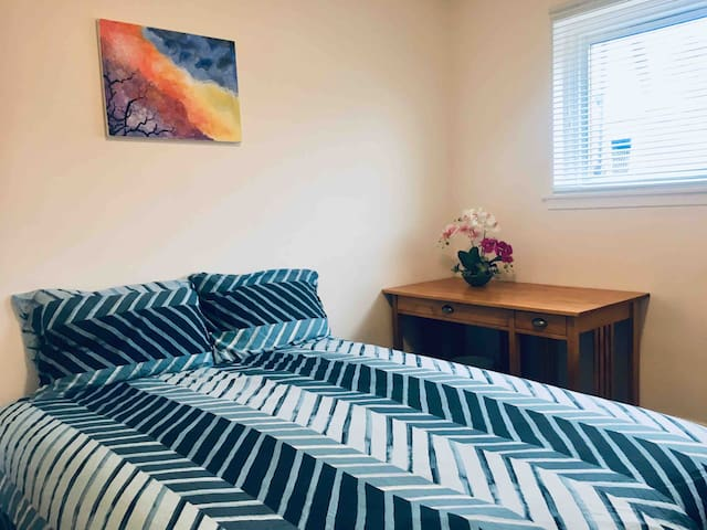 Comfortable private room in Mississauga 4