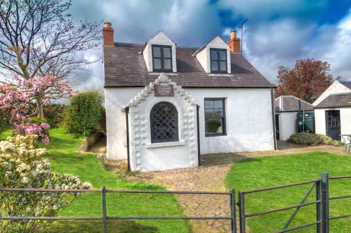 Unique and Historic Cottage in Scottish Borders