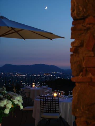 Tenuta San Pietro Hotel&Restauran miniappartamento - Capannori - Apartemen