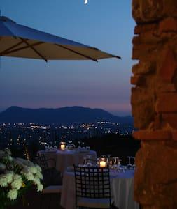 Tenuta San Pietro Hotel&Restauran miniappartamento - Capannori - Apartment